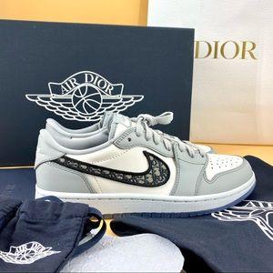 DIOR× Nike Jordan 1 Retro Low Dior sneaker